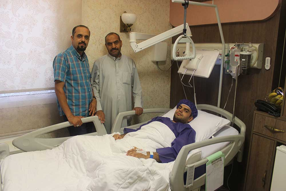 An Iraqi patient at Ebnesina hospital in Iran